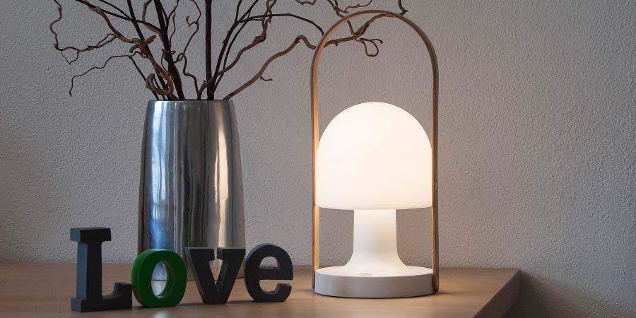followme transportabel lampe fra marset lys. Black Bedroom Furniture Sets. Home Design Ideas