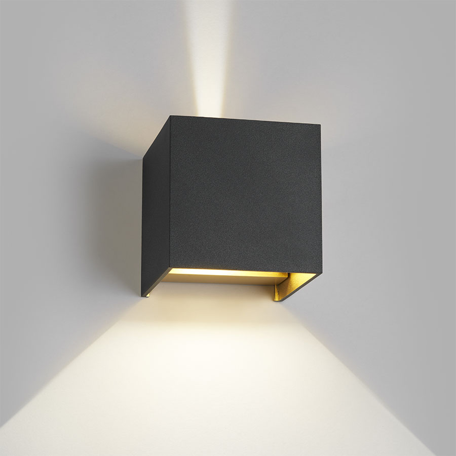 Mega Light-Point Box up/down LED væglampe - Sort/guld - Lys-Lamper.dk UX23