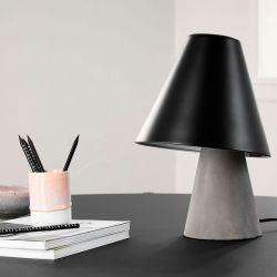 Armstrong bordlampe - Beton