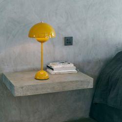 Flowerpot VP3 bordlampe - Mustard