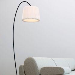 Le Klint 320 Snowdrop gulvlampe - Sort
