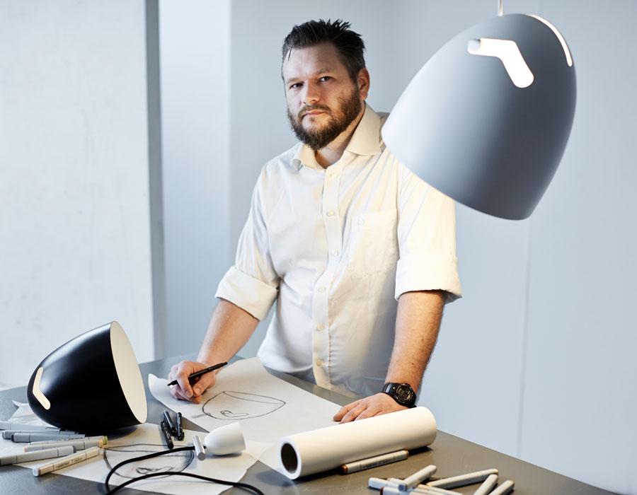 Bell+ lampen designet af Thomas Holst Madsen